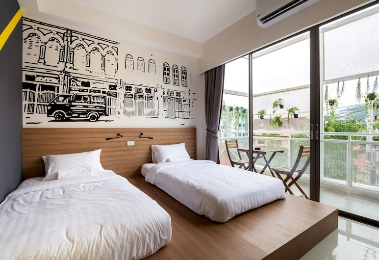 Stay@kata Poshtel, Karon, Private Twin Beds share Bathroom, Guest Room