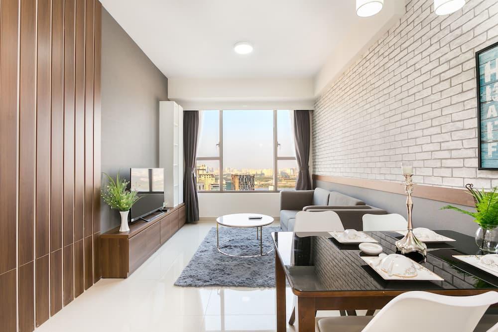 Comfort Apartment, 2 Bedrooms, Tower - Living Room