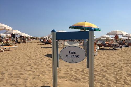 比比奧內海灘梅拉諾餐廳民宿/