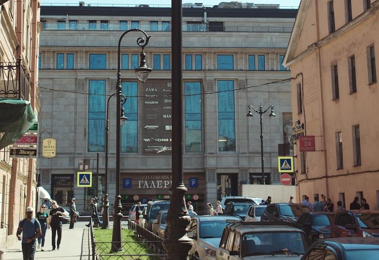 Двухуровневые апартаменты на Пушкинской, 12, Санкт-Петербург, Балкон