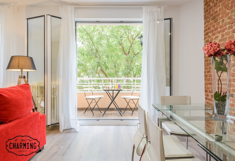 Charming Madrid City, Madrid, Deluxe Apartment, 2 Bedrooms, Terrace, Terrace/Patio