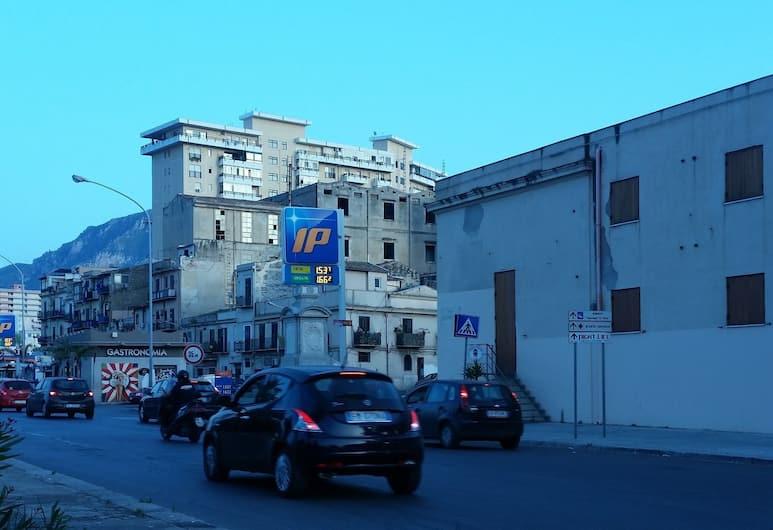 Casa Marta, Palermo, Dış Mekân