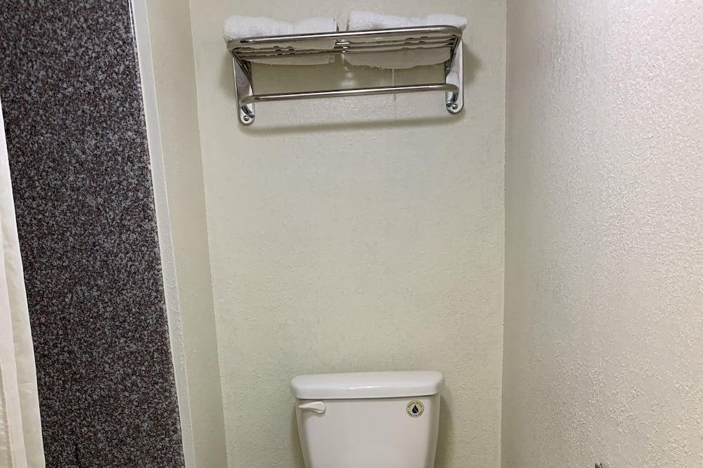 基本客房, 2 張加大雙人床, 非吸煙房 - 浴室