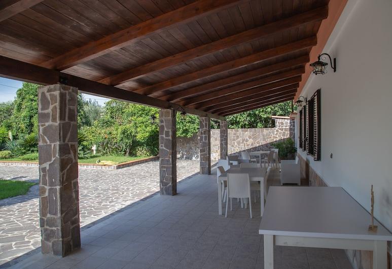 B&B Villa dei Sogni, Eboli, Terrace/Patio