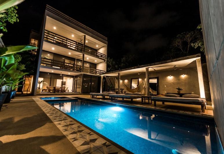 Casa Macarena, Tulum, Pool
