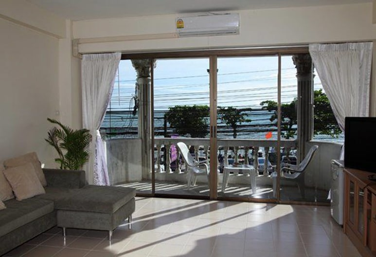 Vickans Guesthouse, Pattaya, Studio with Sea View, Living Area