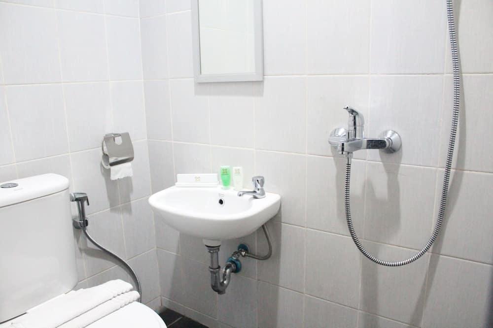 標準雙人房, 城市景 - 浴室