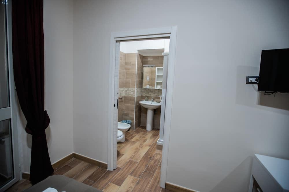 Kambarys su patogumais, vaizdas į miestą - Vonios kambarys