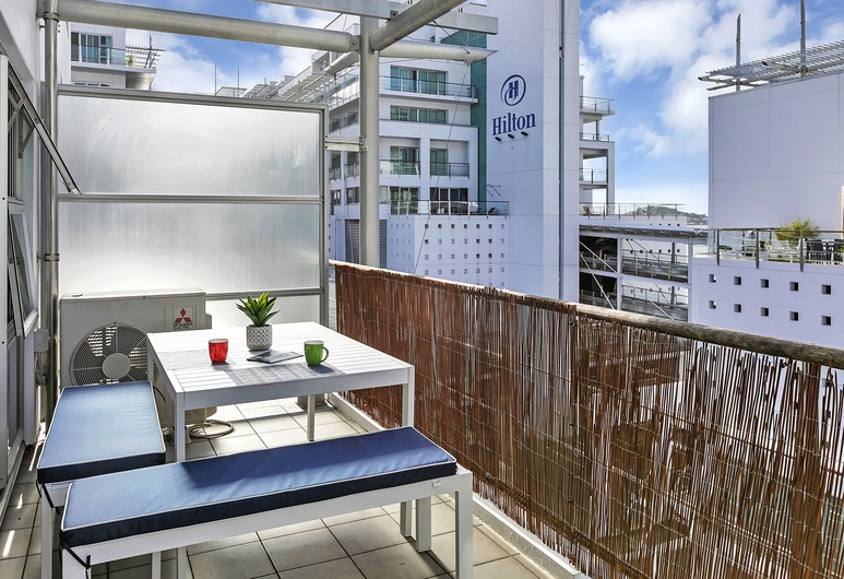Deluxe Waterfront & City Apartment, Auckland, Utendørsservering