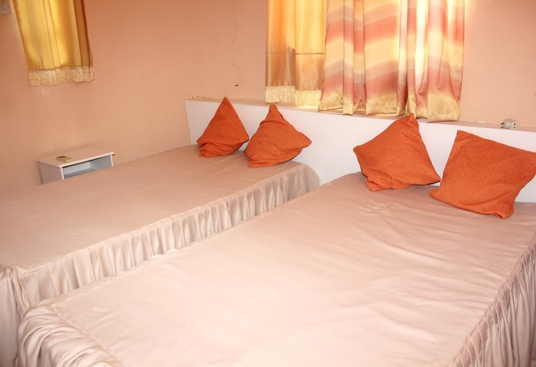 Apartment With 2 Bedrooms in Pereybere, With Enclosed Garden and Wifi - 200 m From the Beach, Grand-Baie, Departamento, vista al jardín, Habitación