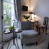 Double Room (Petit Parc) - Living Area