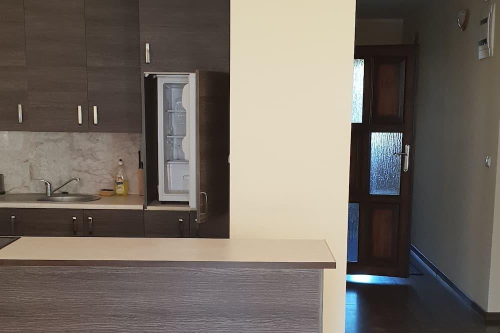 Appartement Classique, 2 chambres, coin cuisine, vue ville - Coin séjour