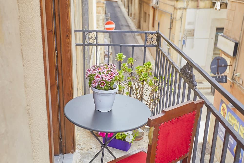 Single Room - Balcony