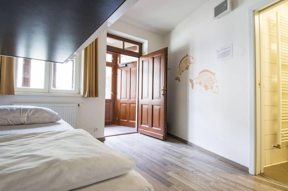 Bed in 4-Bed Dormitory Room - Kamar Tamu