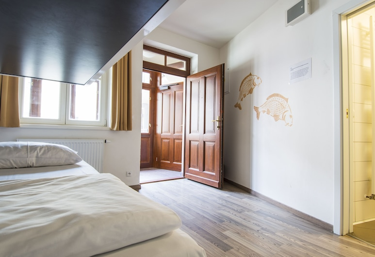 Safestay Prague Charles Bridge, Praga, Bed in 4-Bed Dormitory Room, Quarto