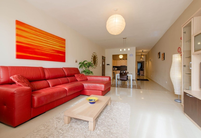 Luxury Holiday Apartment IN Qawra, St. Paul's Bay