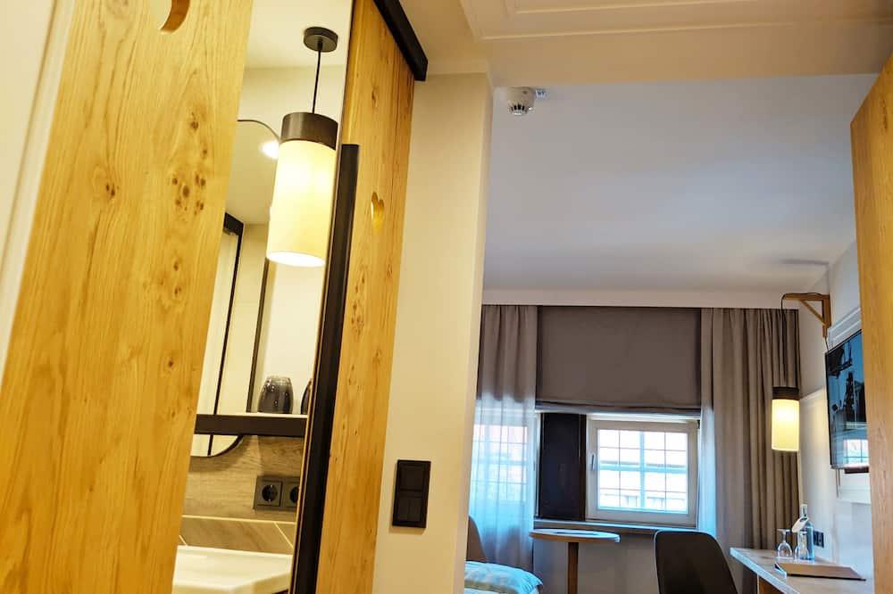 Habitación estándar con 1 cama doble o 2 individuales - Zona de estar