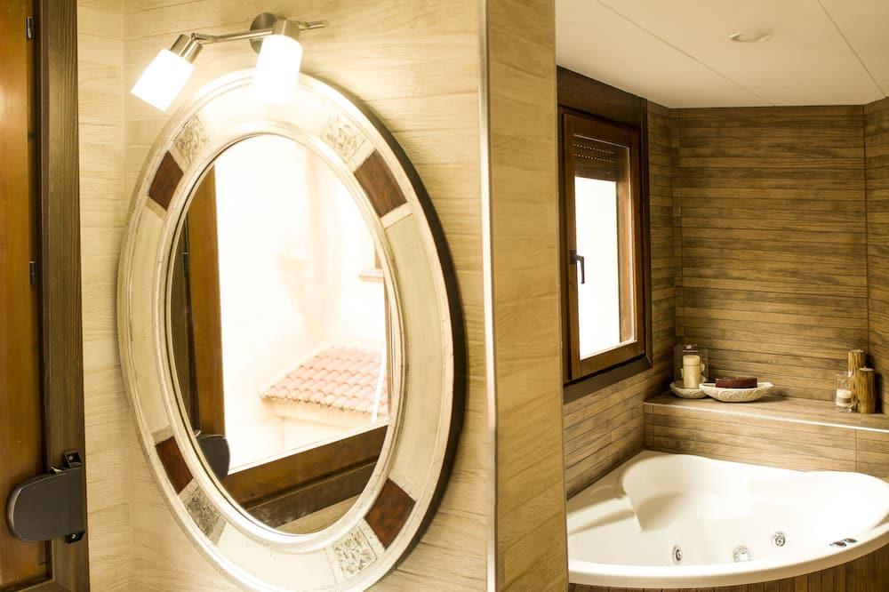 Suite, Non Smoking (Meissa) - Bathroom