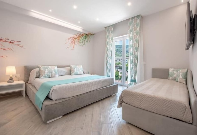 Cioffi Sorrento Rooms, Sorrento, Deluxe Double Room, City View, Guest Room