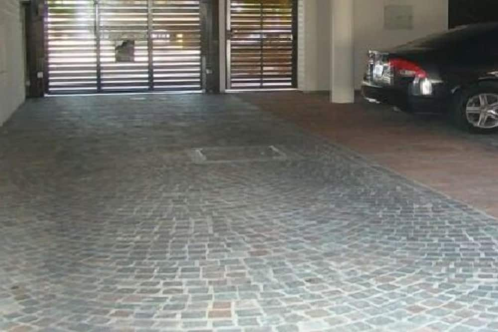 Automobilių stovėjimo aikštelė