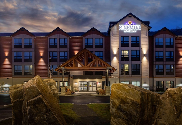 Microtel Inn and Suites by Wyndham Mont Tremblant, Mont-Tremblant