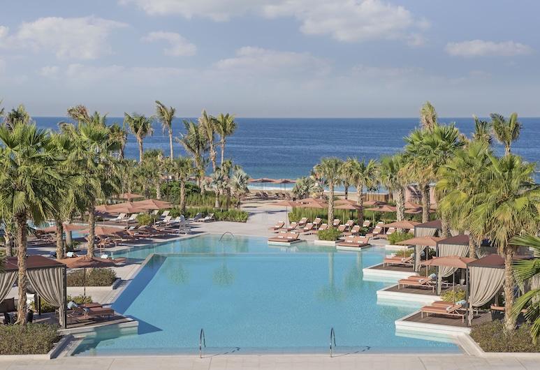 Caesars Palace Bluewaters Dubai, Dubai, Outdoor Pool