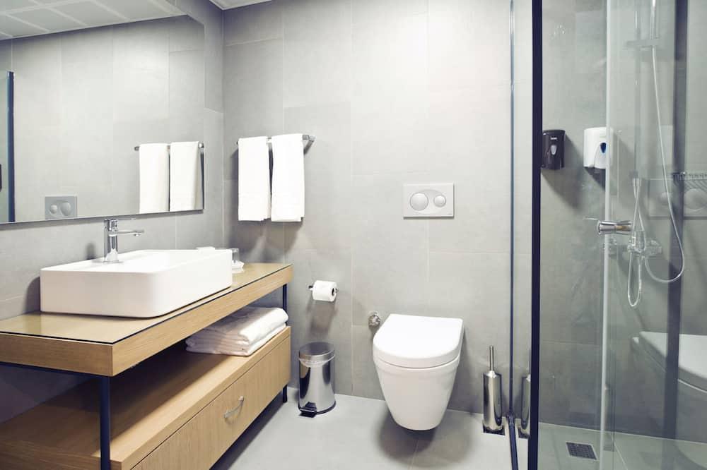 Standard Τρίκλινο Δωμάτιο - Μπάνιο