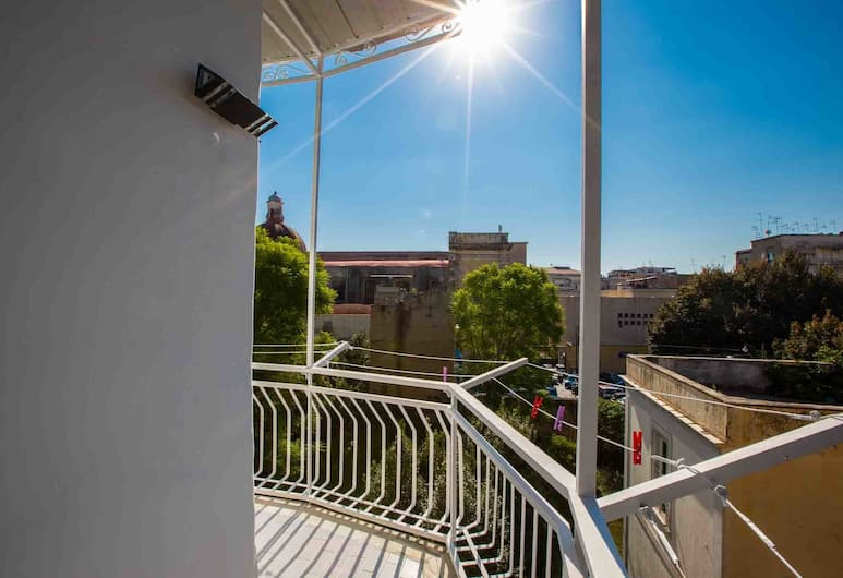 Tutt n'ata storia , Naples, Apartment, 2 Bedrooms, Balcony View