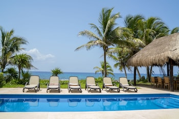 Picture of Ocean View Apartments by Homing Bird in Puerto Aventuras