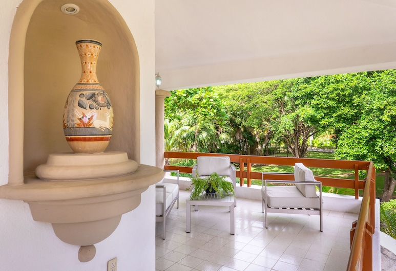Casa Matuk a lot of Space to Enjoy at Playacar Community, Playa del Carmen, Terasa