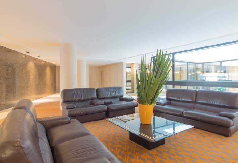 Foch - Champs Elysées,  60m2 Suites in Paris, Paris, Sittområde i lobbyn