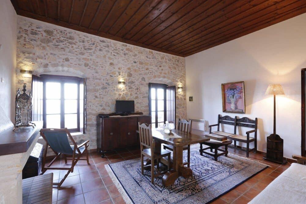 Departamento, 2 habitaciones, chimenea - Sala de estar