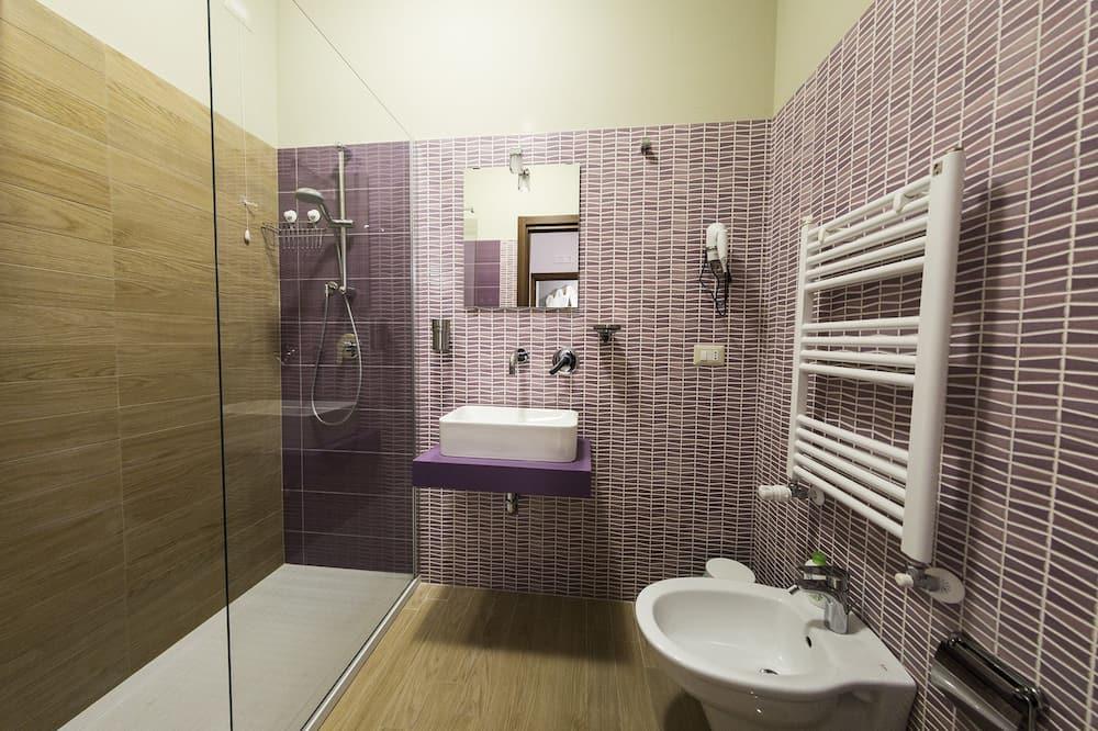 Deluxe Tek Büyük Yataklı Oda (Afrodite) - Banyo