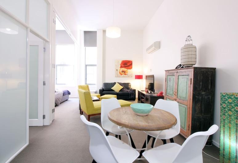 Essence of Degraves - Rejuvenate Stays , Melbourne