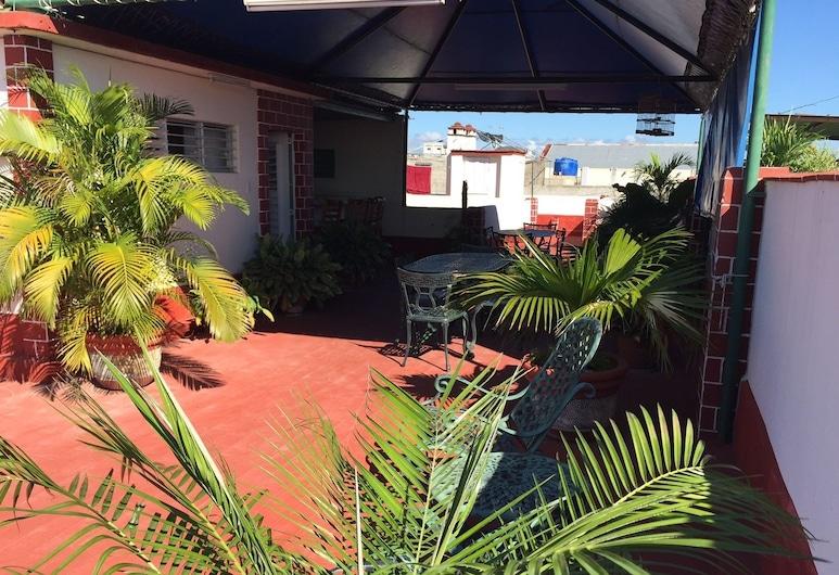 Casa Hostal Damilsy, Cienfuegos, Terrace/Patio