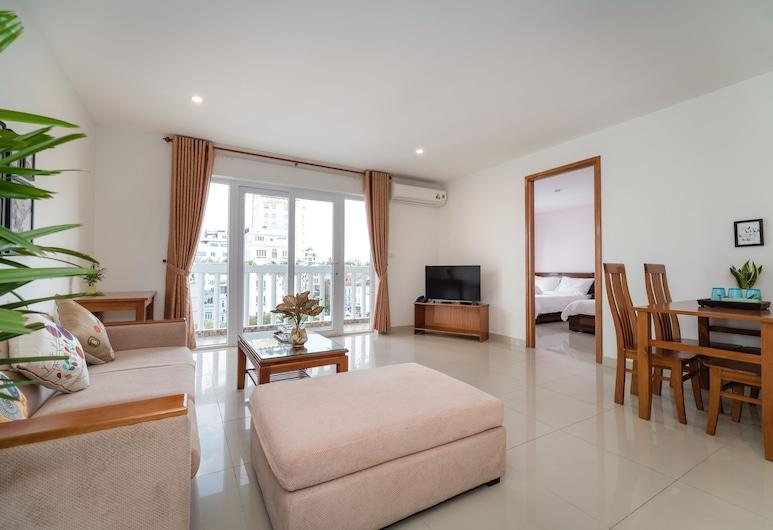 The Sun Apartment & Hotel, Da Nang, Family Apartment, 2 Bedrooms, Living Room