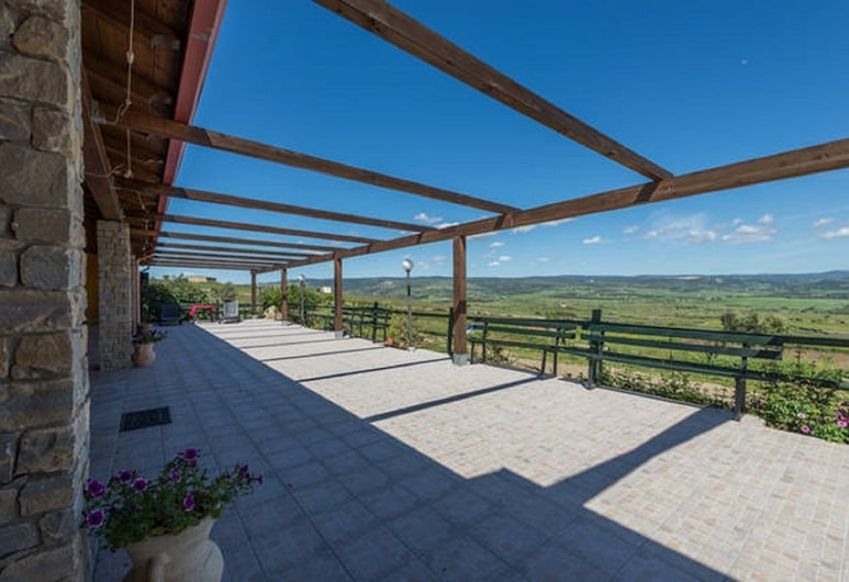 Agriturismo Cuaddus e Tellas, Genoni, Terraza o patio