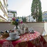 Апартаменти категорії «Комфорт», 1 ліжко «кінг-сайз», для некурців - Тераса/внутрішній дворик