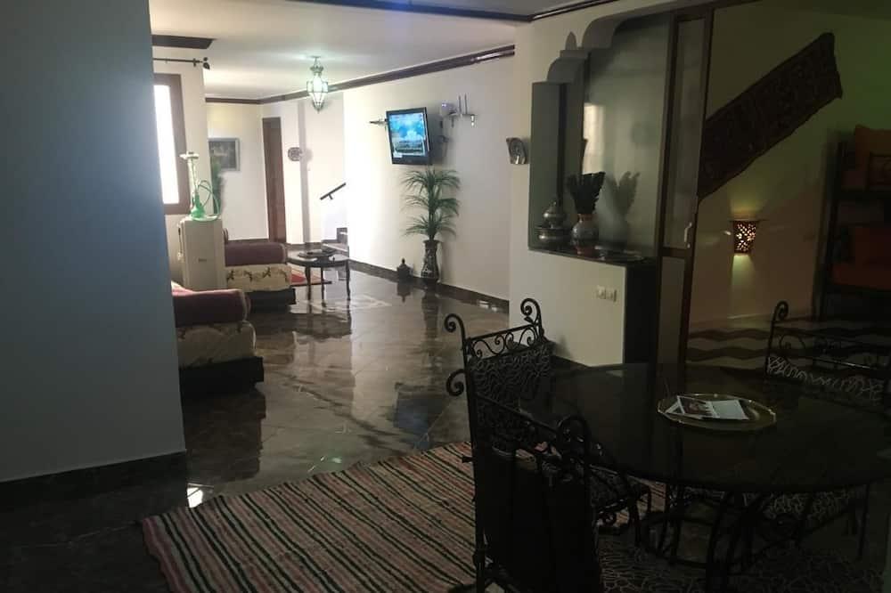 חדר קלאסי טווין - אזור אוכל בחדר
