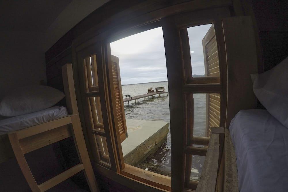 Shared Dormitory, Non Smoking - Lake View
