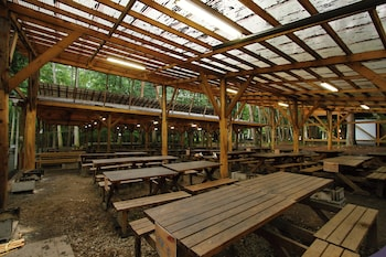 Hình ảnh Qooneltas Container House In The Forest tại Fujikawaguchiko