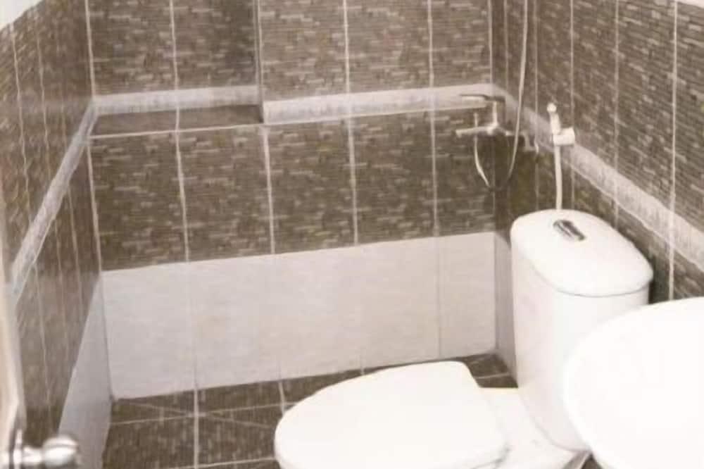 디럭스 더블룸 또는 트윈룸, 발코니 - 욕실