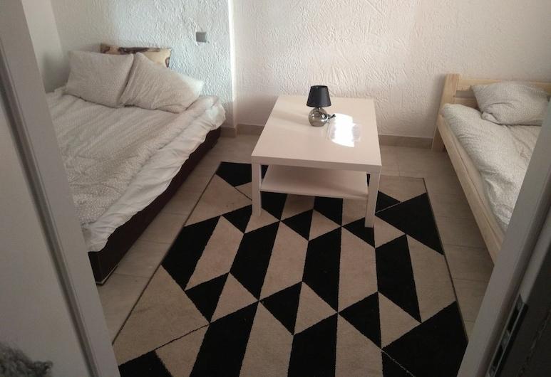 Noclegi FLORI, Lublin, Basic Triple Room, Guest Room