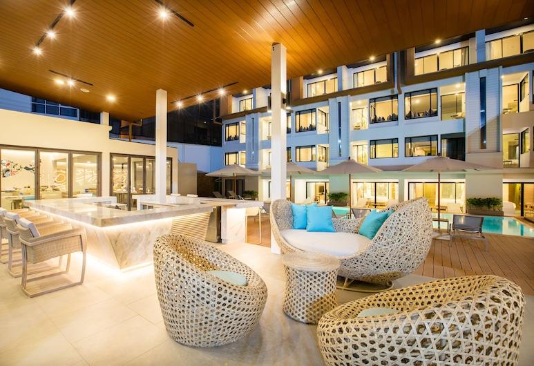 LIV Hotel Phuket Patong Beachfront, Patong, Terrace/Patio