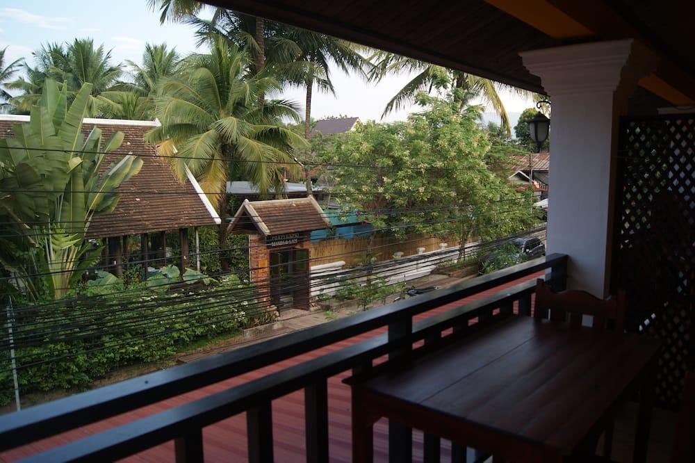Deluxe Double Room, Balcony, City View - Balcony View