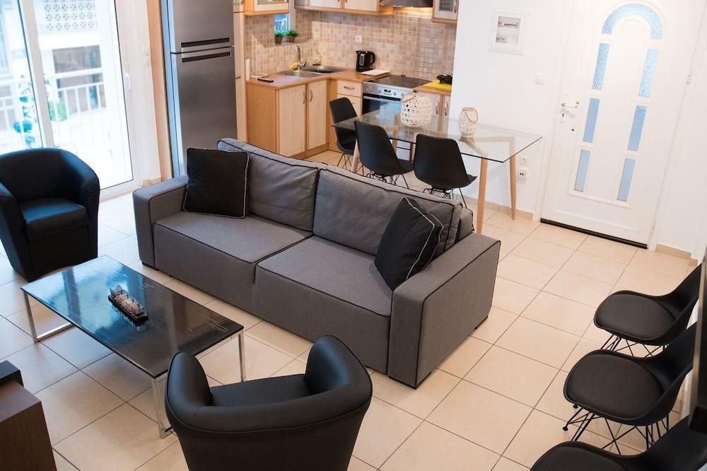 شقة (1st Floor) - غرفة معيشة
