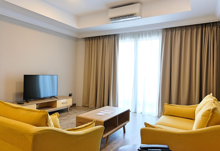 The Lanes Hotel, Tutong, Junior Suite, 2 Bedrooms, Living Area