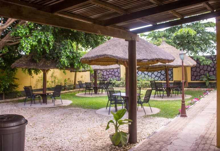 Cozy Lodge, Lusaka, Outdoor Banquet Area