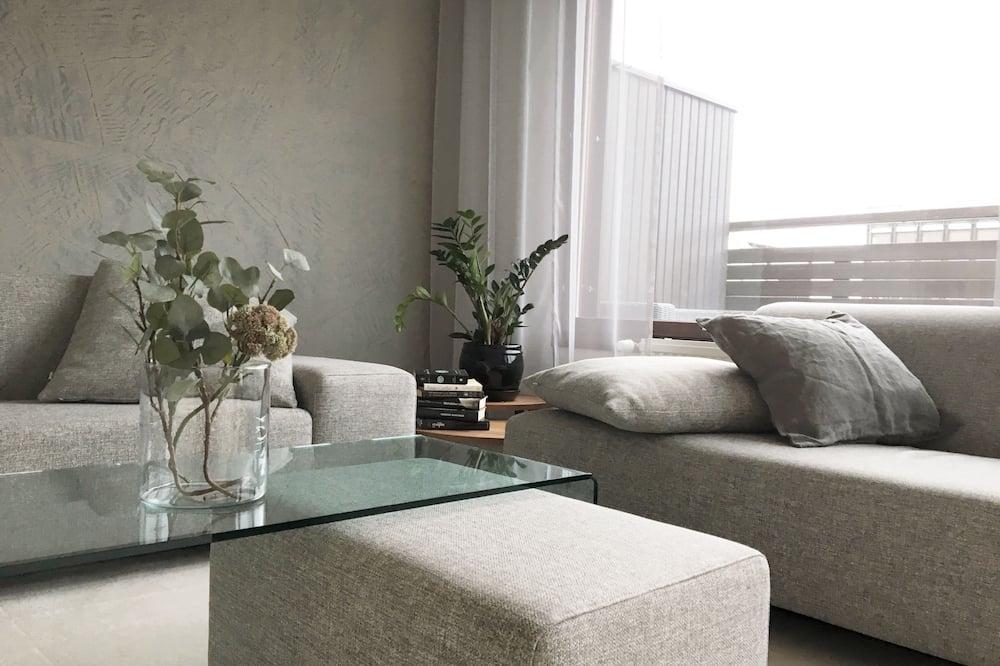 Apartament typu Premium, Łóżko queen, dla niepalących, widok na miasto - Salon