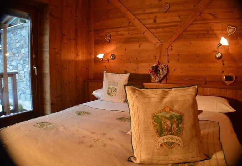 LE PETIT NID, Valtournenčė, Dvivietis kambarys su patogumais, 1 didelė dvigulė lova, Nerūkantiesiems, Svečių kambarys